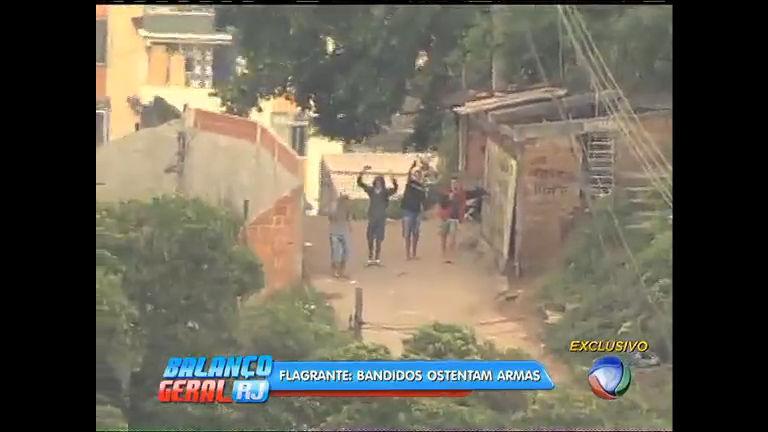 Flagrante: vídeo mostra bandidos dançando e ostentando armas em ...