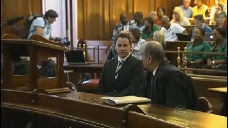 Tribunal da apelação condena Oscar Pistorius por homicídio doloso ...
