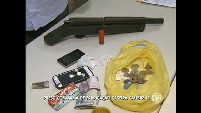 Homem é preso com arma de fabricação caseira calibre 12