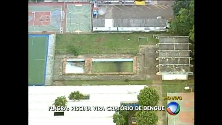 Moradores da Asa Sul reclamam de piscina abandonada na Asa Sul
