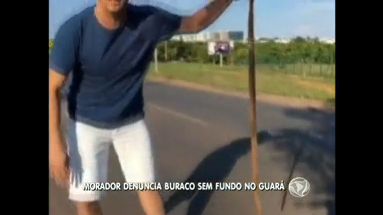 Morador do Guará mostra buraco quase sem fundo na cidade