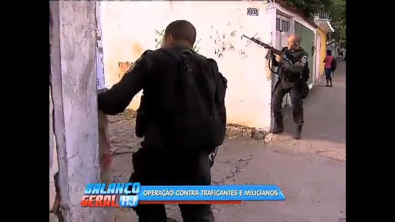 Policiais fazem operação contra traficantes e milicianos na Praça ...