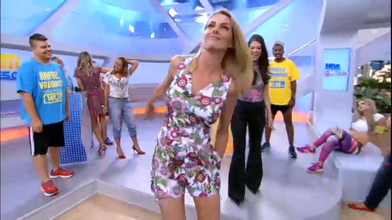 Intervalo  Ana Hickmann tira onda dos participantes do Além do Peso -  RecordTV - R7 Hoje em Dia a84d80a7ee