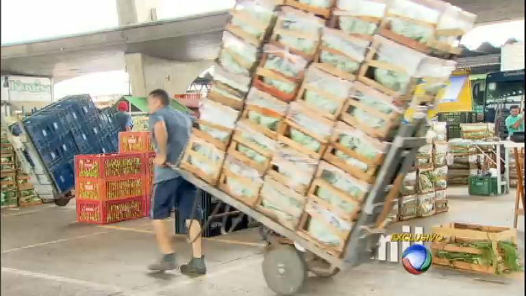Ceagesp vira alvo de denúncia de corrupção - Notícias - R7 Jornal ...