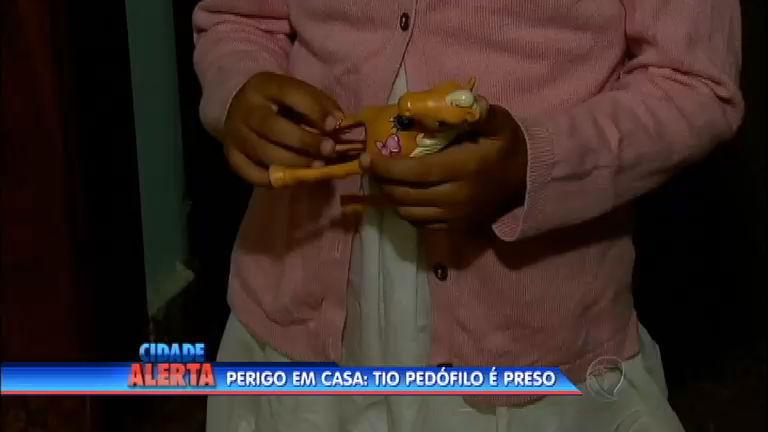 Tio pedófilo é preso em flagrante - Notícias - R7 Cidade Alerta