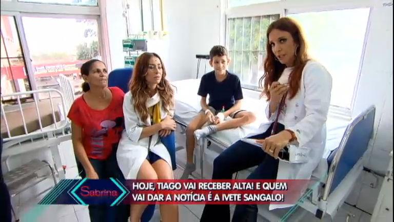 Emocionante! Ivete Sangalo dá a notícia de alta a garotinho internado
