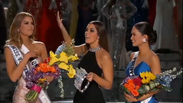 Miss Universo termina com constrangimento após o anuncio da ...
