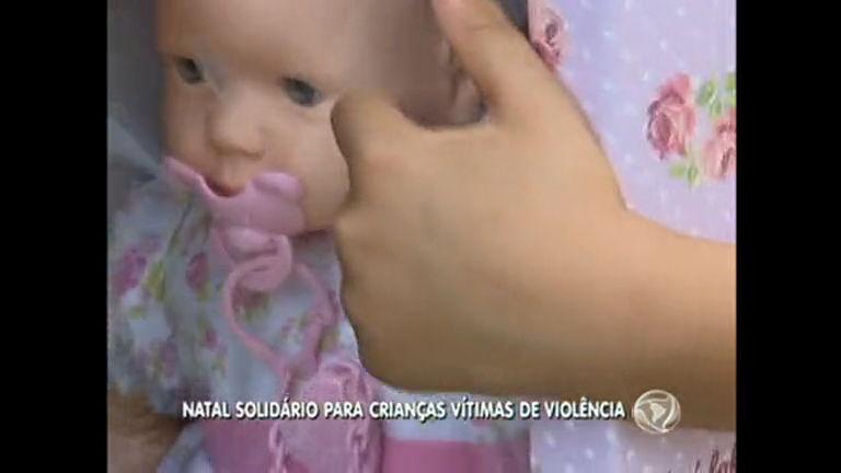 Crianças vítimas de violência ganham Natal solidário - Notícias - R7 ...
