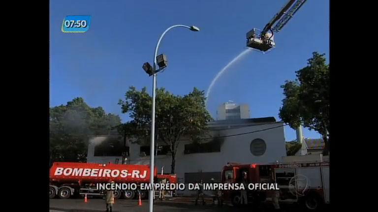 Causa de incêndio em prédio da imprensa oficial ainda é ...