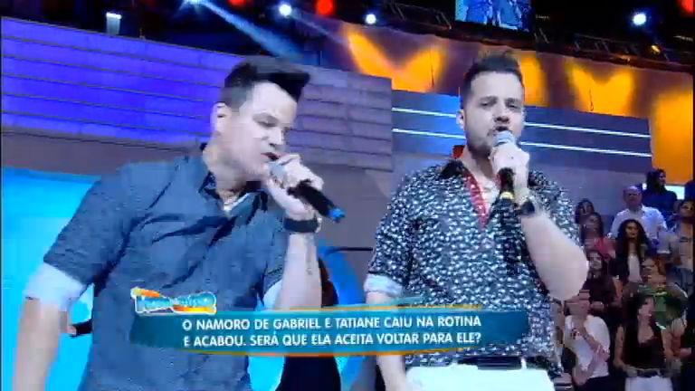João Neto e Frederico cantam o sucesso Moda Derramada na Hora ...