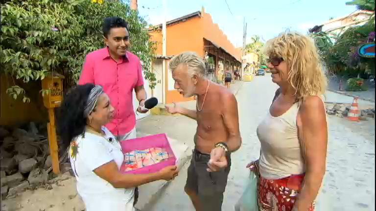 Doceira ganha fama internacional com cocadas vendidas em praia ...