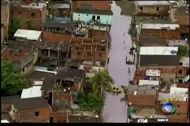 Após chuva, famílias ficam desabrigadas em Campinas de Pirajá ...