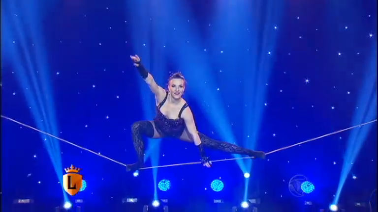 Artista ucraniana arrasa em performance - Entretenimento - R7 ...