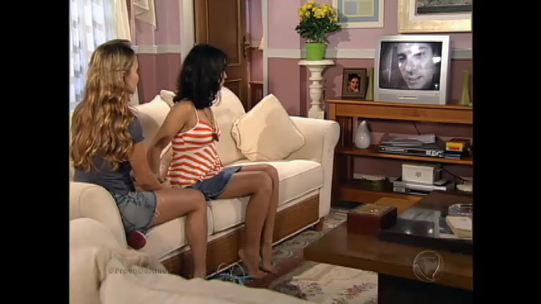 Janice e Raquel assistem a confissão de Lopo Jr. - Rede Record