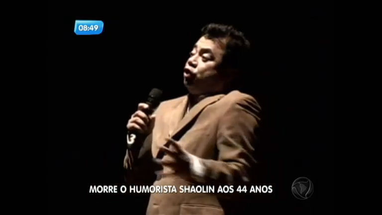 Assista às imagens do último show do comediante Shaolin ...