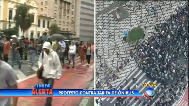 Manifestantes voltam a ocupar a região central de São Paulo ...