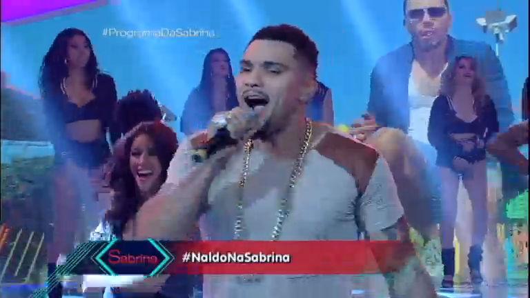 Naldo canta novo sucesso Meu Bem no Programa da Sabrina ...