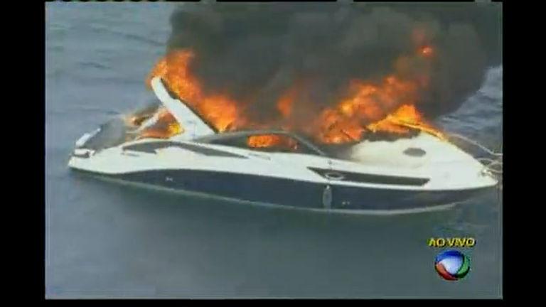 Lancha pega fogo na Baía de Todos os Santos - Bahia - R7 Cidade ...