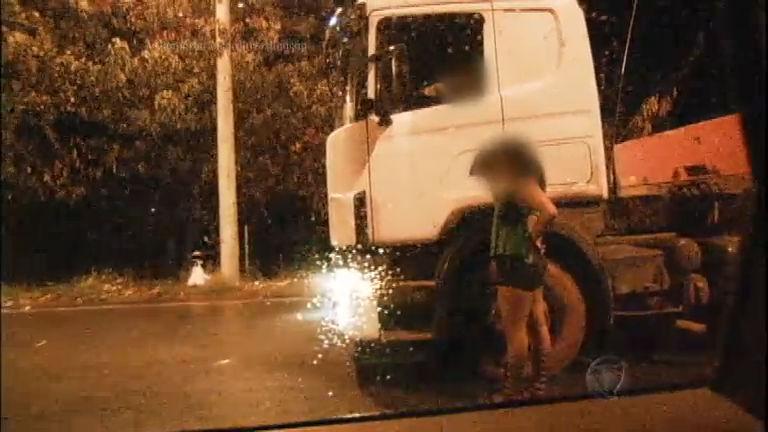 Solidão, cansaço, drogas e prostituição: a vida dos caminhoneiros ...