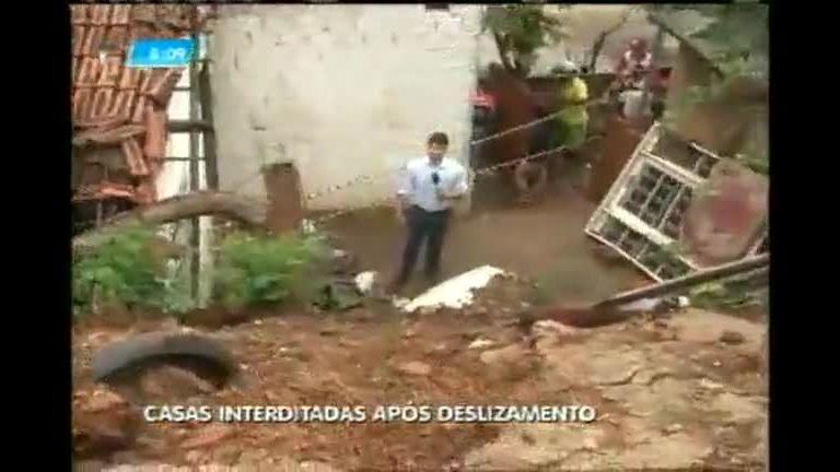 Montes Claros (MG) contabiliza estragos após chuva forte - Minas ...