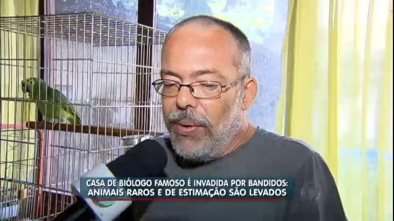 Biólogo famoso tem casa invadida e animais são roubados em ...
