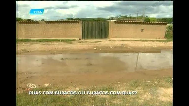 Moradores reclamam dos buracos nas ruas de Ribeirão das Neves ...