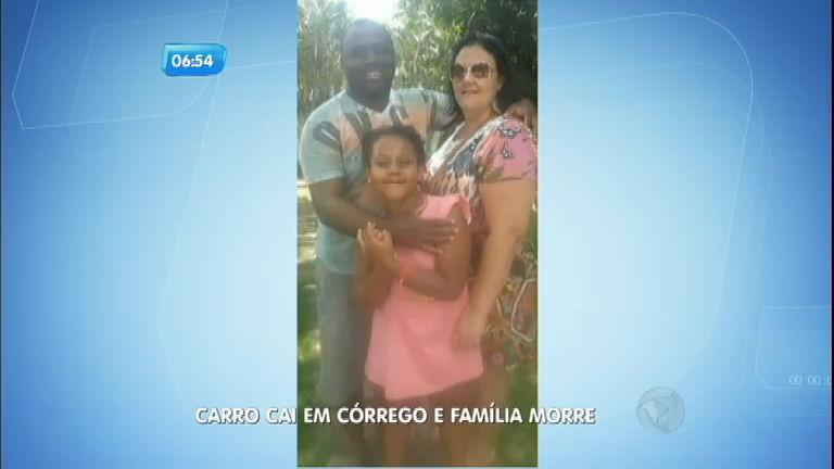 Carro cai em córrego e mata família no interior de São Paulo ...