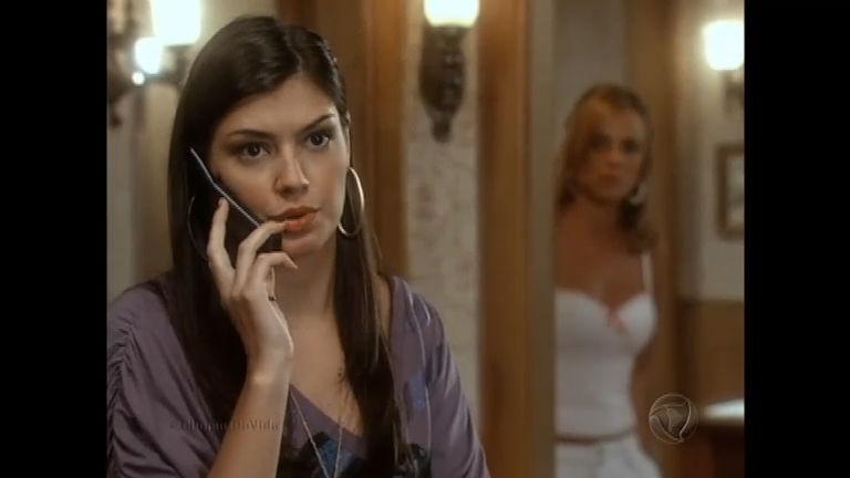 Suelen ouve conversa de Carla com sua mãe - Entretenimento - R7 ...