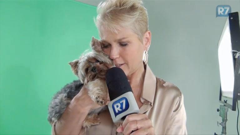 """Xuxa grava chamadas para anunciar novos quadros: """"Tudo você vai ..."""