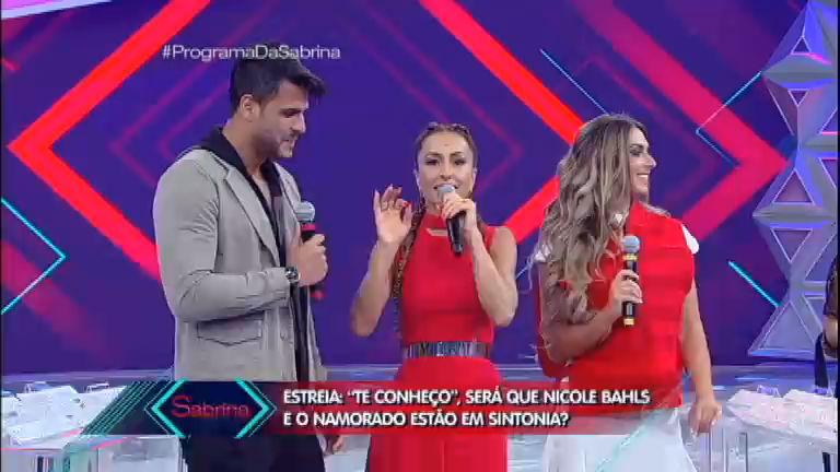 Sabrina testa a sintonia de Nicole Bahls e Marcelo Bimbi ...