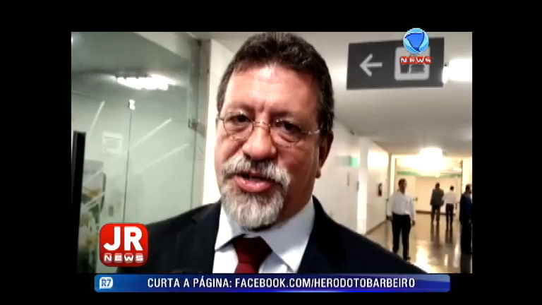 Líder do PT na Câmara fala sobre as denúncias feitas por Delcídio ...