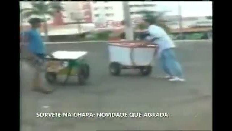 Novidade: sorvete na chapa está agradando público em BH - Minas ...