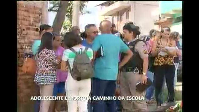 Jovem é assassinado na porta da escola no Barreiro - Minas Gerais ...