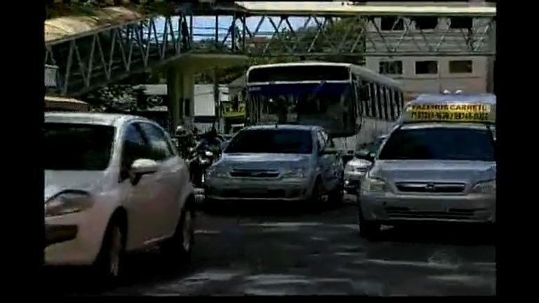 Transporte clandestino em Camaçari - Bahia - R7 Cidade Alerta BA