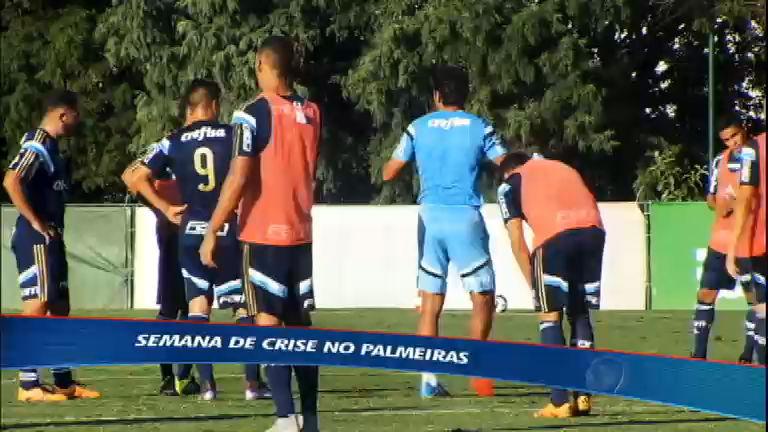 Em crise, Palmeiras tenta reencontrar bom futebol após queda de Marcelo Oliveira
