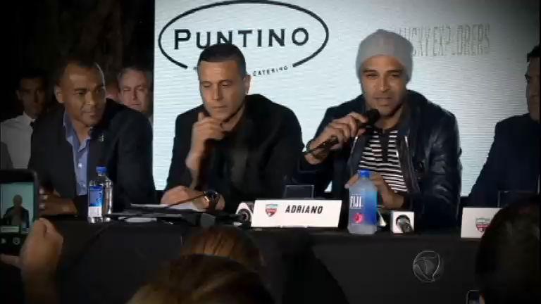 Ele está de volta! Adriano fala sobre nova fase da carreira na chegada ao Miami United
