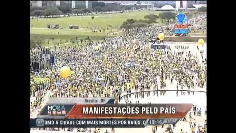 Manifestantes se reúnem em protestos por todo o País - Record ...