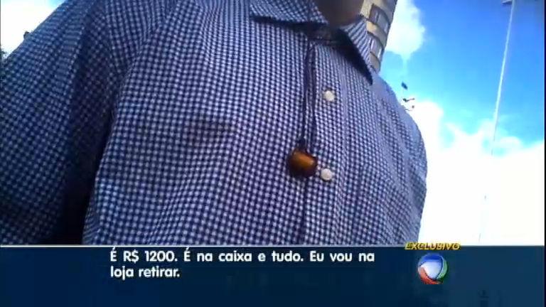 Câmera escondida revela esquema de comércio ilegal de celulares roubados no centro de São Paulo
