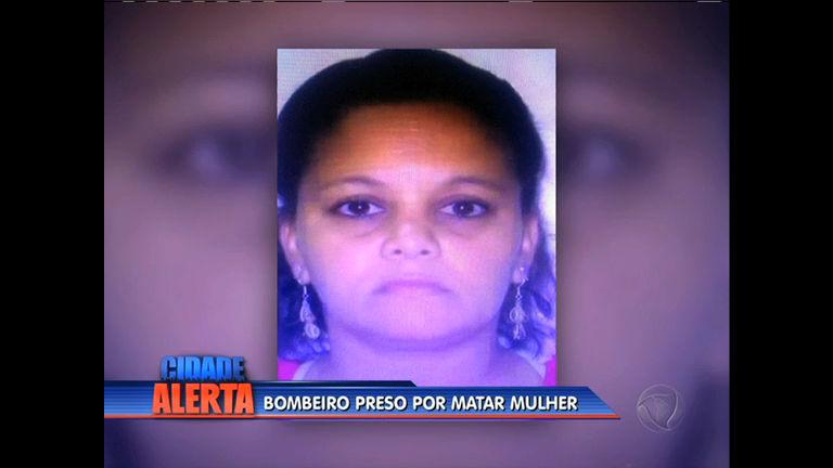 Mulher é morta a facadas por companheiro em Curicica
