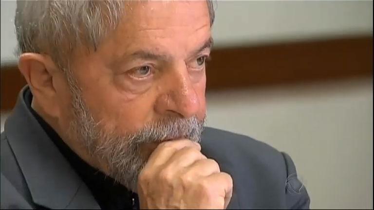 Lula diz que políticos e Tribunais Superiores de Justiça estão ...