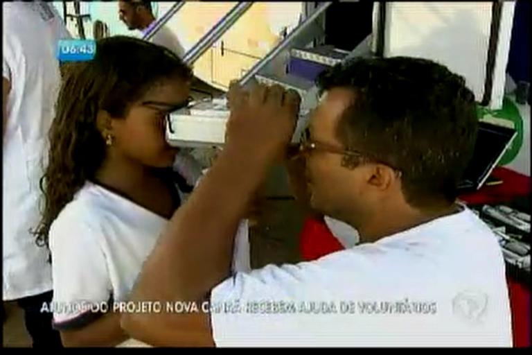 Alunos do Projeto Nova Canaã recebem ajuda de voluntários