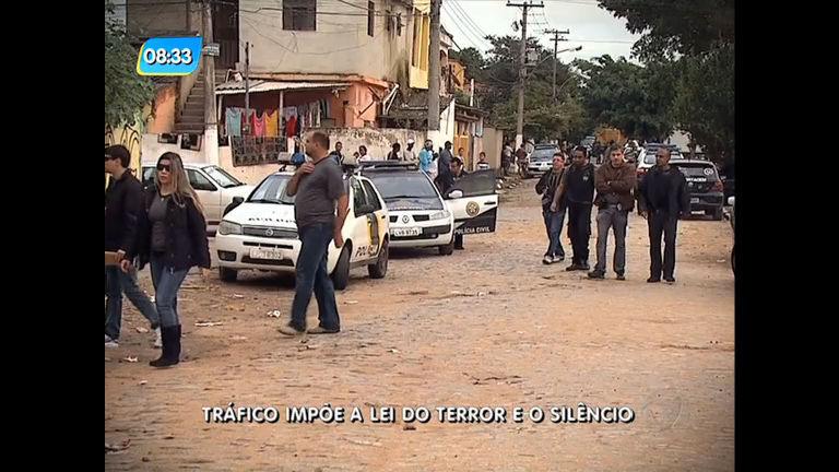 Traficantes ameaçam e fazem moradores reféns em Campos (RJ)