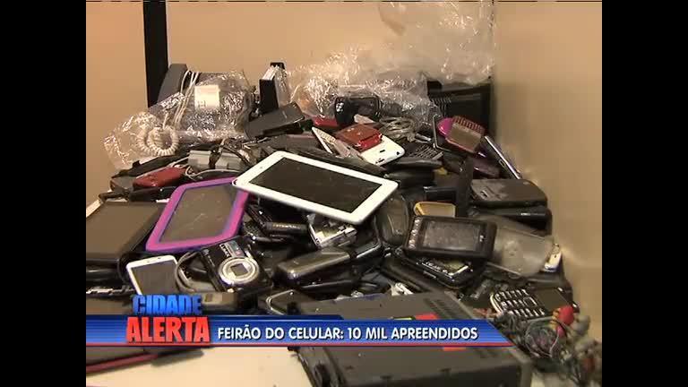 Polícia apreende cerca de 10 mil celulares em Bangu