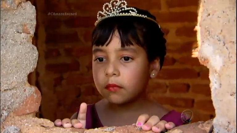 Câmera Record realiza o sonho da princesa do castelo que fica no ...