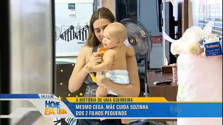 Superação: mãe cega cuida de dois filhos - Rede Record