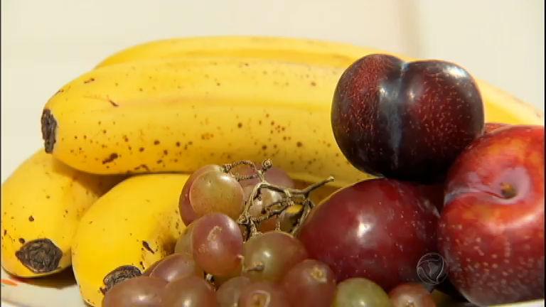 O que você come pode interferir no funcionamento do seu cérebro ...