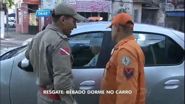 Motorista bêbado não consegue dirigir e dorme no carro em Belém ...