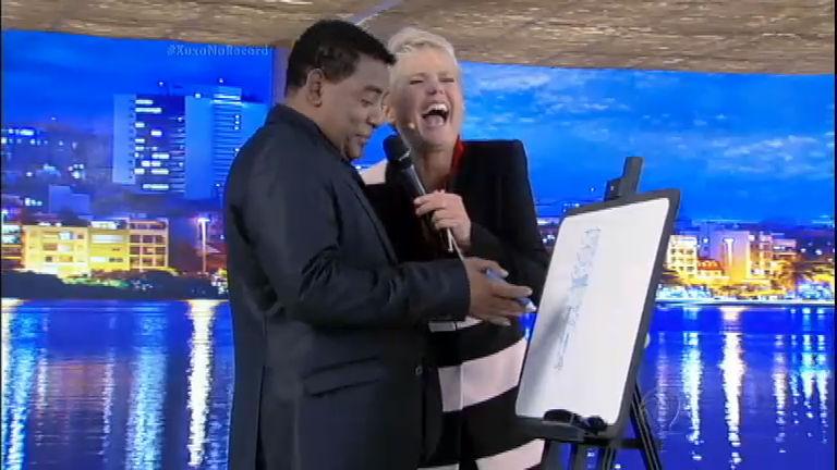 Brincadeira no palco: Xuxa se diverte com os desenhos mais ...