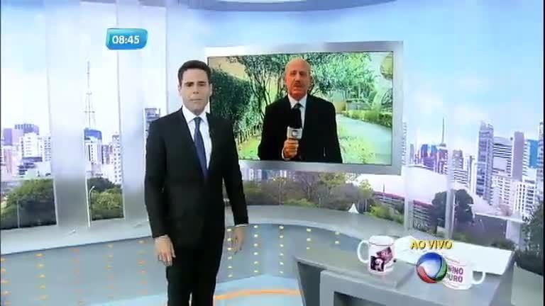"""Renato Lombardi é """"abduzido"""" por disco voador no São Paulo no Ar ..."""