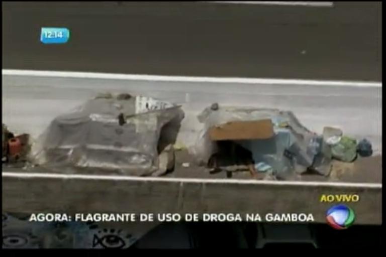 Flagrante de uso de drogas na Gamboa